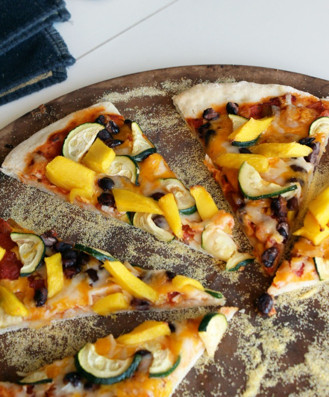 Pizza with pizazz (Spicy mango pizza with black beans and ...