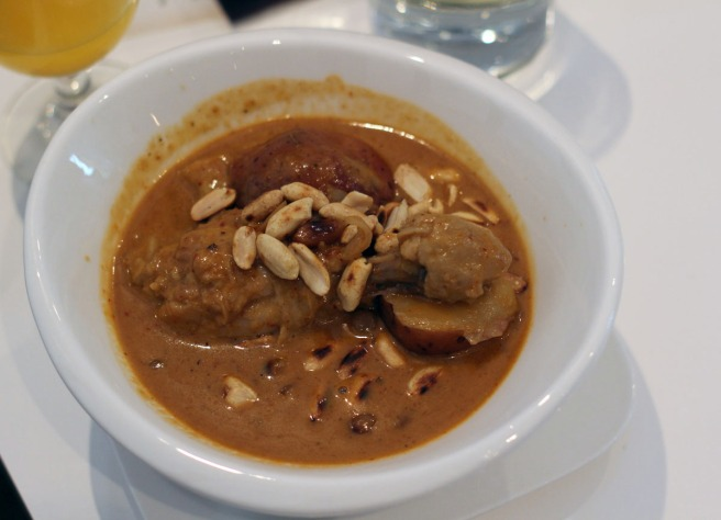 Sudbury s newest culinary creation rose apple asian for Asian cuisine sudbury